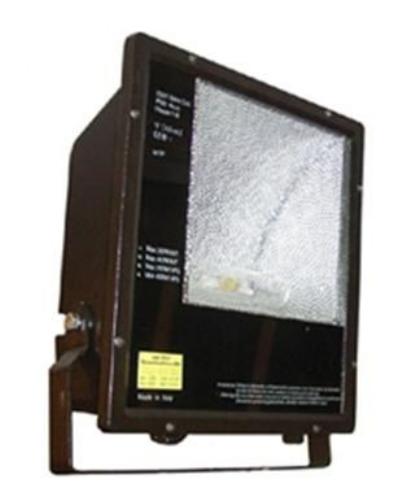 Luminaires HQI- 400 Watt – logement en aluminium – Classe I